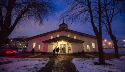 Митрополит Варсонофий возглавил Всенощное бдение в храме Сошествия Святого Духа в Колпине