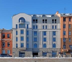 Административное здание (решение фасадов и кровли)