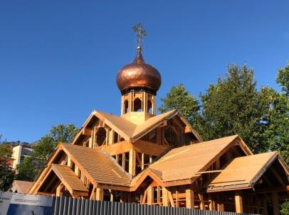 Видео со стройки малого храма на Крестовском острове